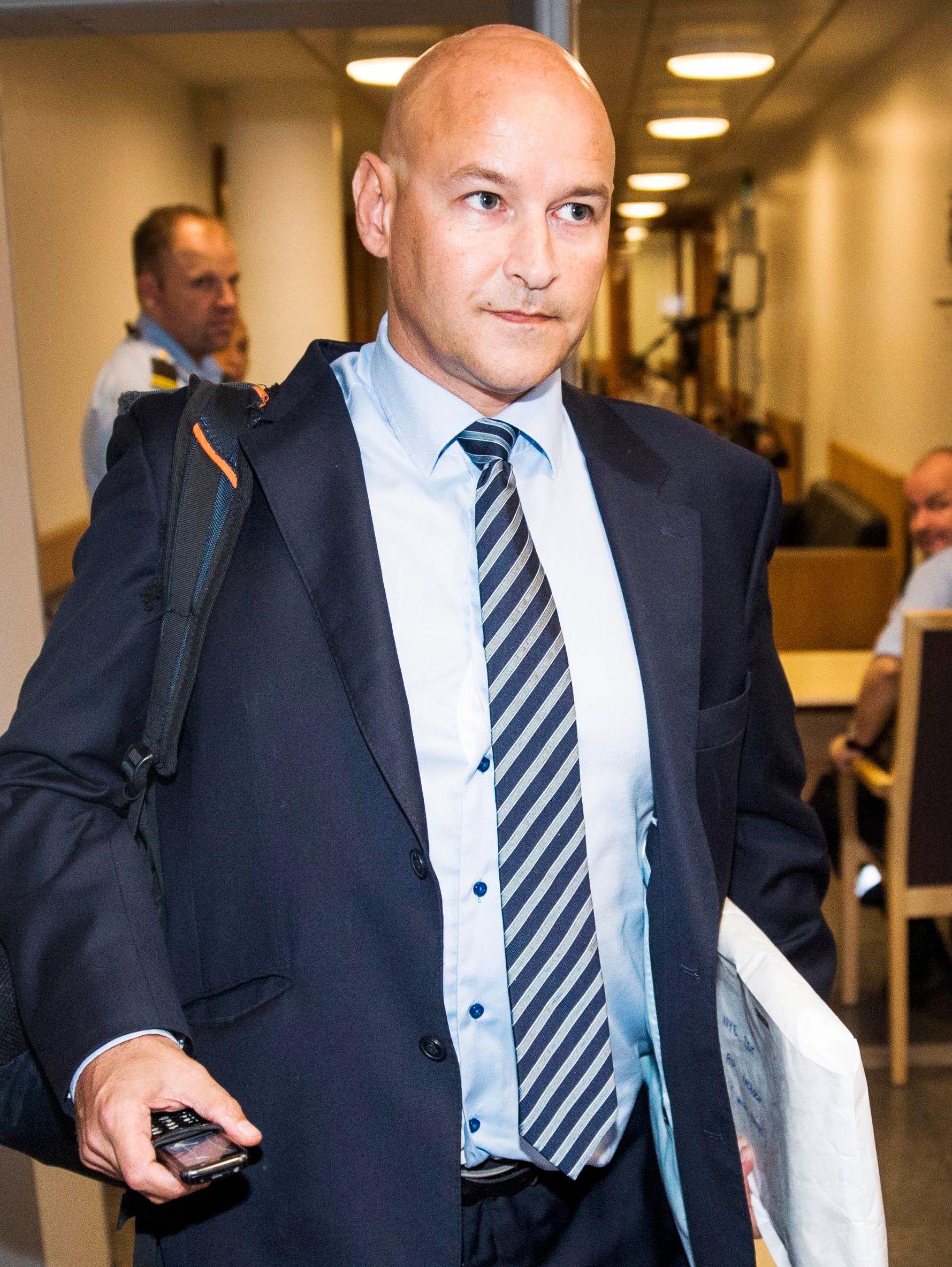 FORSVARER: Advokat Vidar Lind Iversen sier at klienten nekter straffskyld.