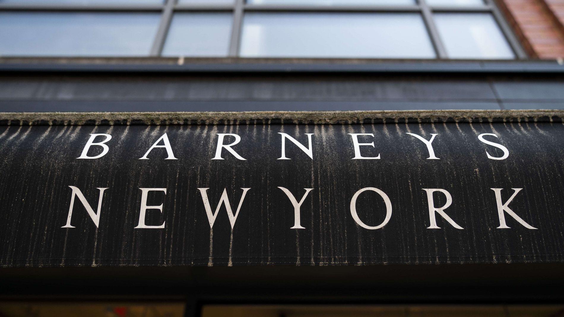 IKONISK: Flaggskipsbutikken på Manhattan i New York blir en av få butikker kjeden ikke stenger – enn så lenge.
