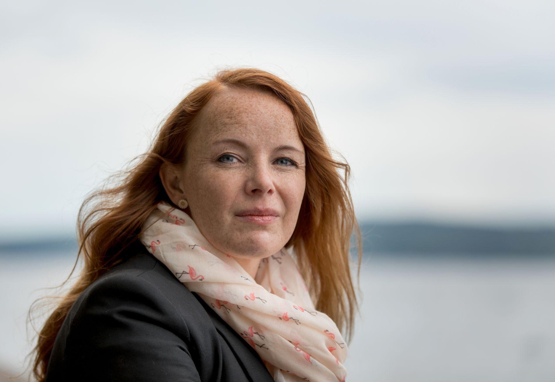VIL VÆRE EN STEMME: Mange barn i Norge vokser opp med omsorgssvikt i hjemmet. Anne ønsker å være en stemme for dem som selv ikke blir sett og hørt. FOTO: ANNEMOR LARSEN