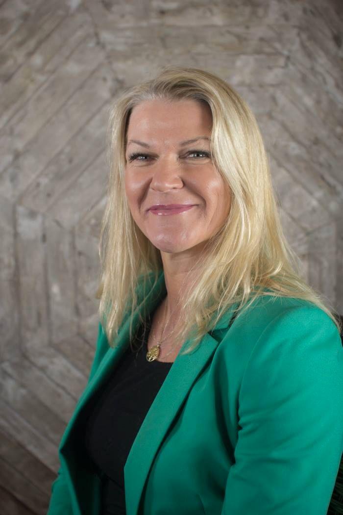 Ordfører i Fræna kommune Tove Henøen.