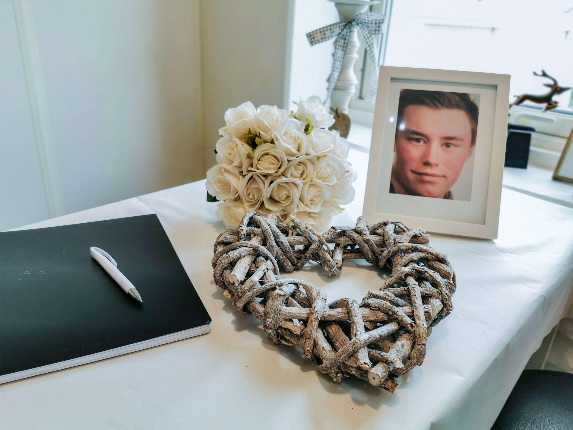SAVN: Kollegene minnes Robin Karlsen (20) som en fantastisk ung mann.