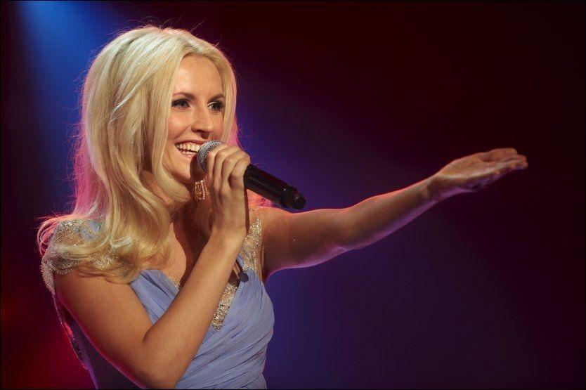 FINALEKLAR: Maria Arredondo med Rolf Løvland-låten «The Touch» Foto: Scanpix