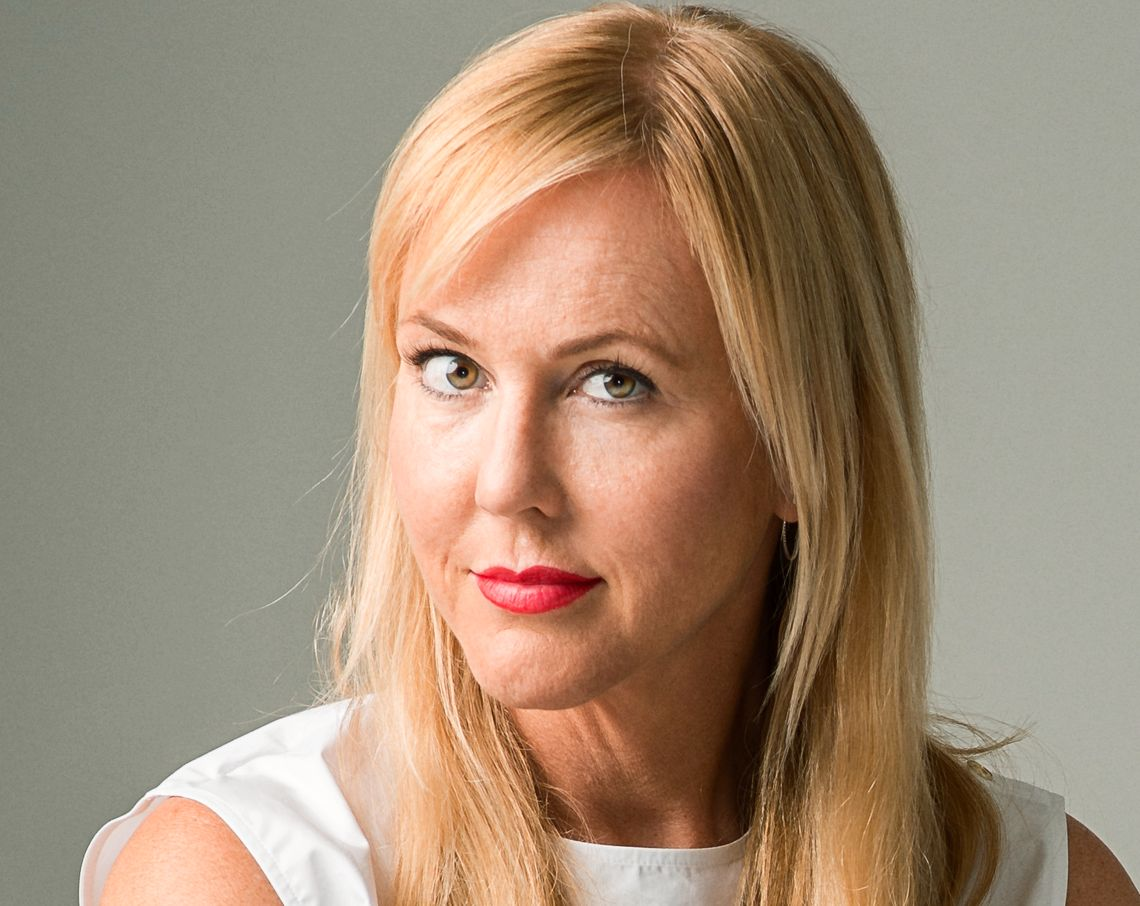 BEST I SVERIGE OG NORDEN: Camilla Grebe debuterte som forfatter allerede i 2009 med kriminalromanen «En slags fred». I fjor ble hennes krim «Husdyret» kåret til beste kriminalroman av Svenska Deckarakademin og i år er hun tildelt Glassnøkkelen for beste nordiske krim for samme bok.