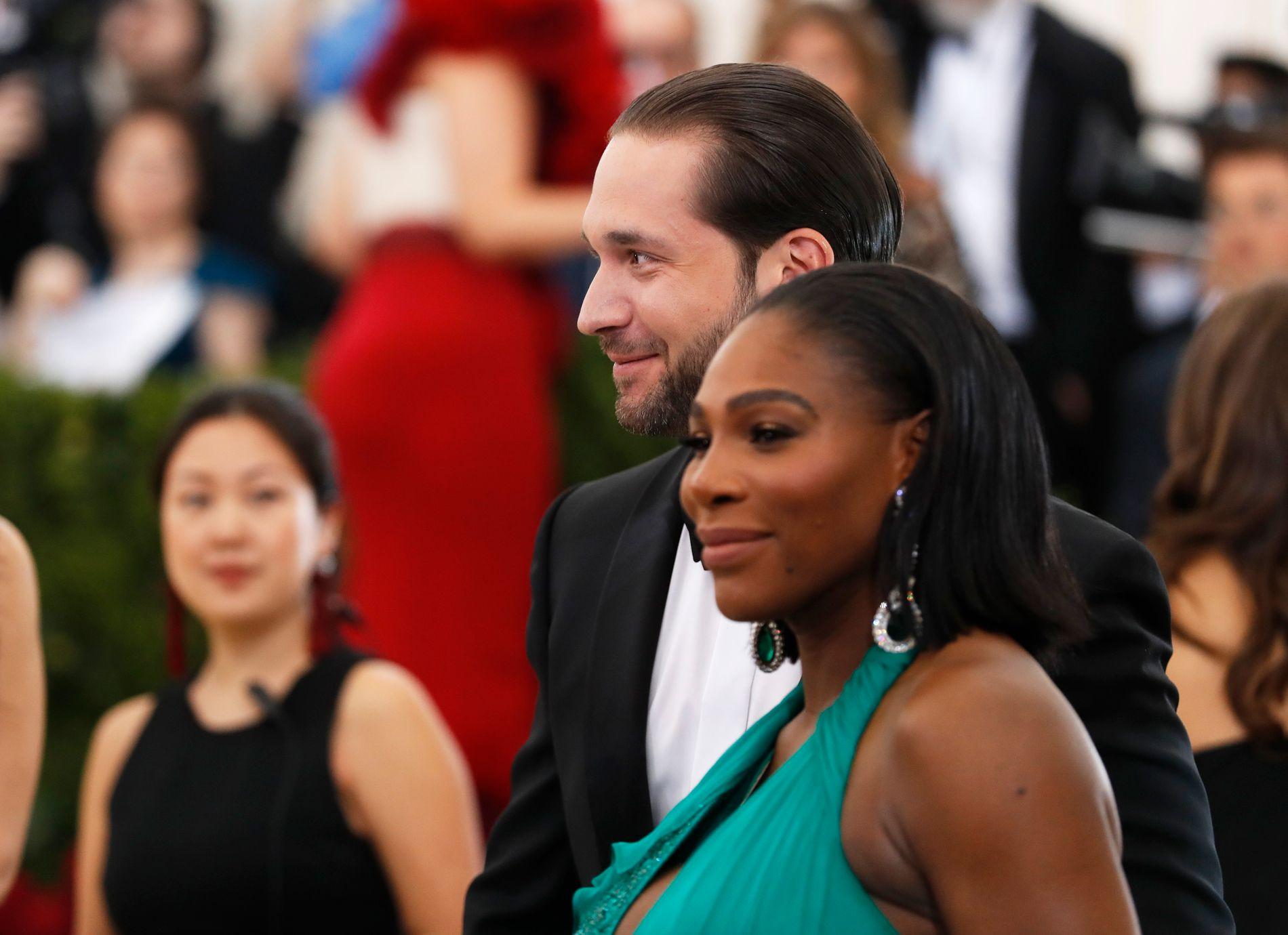 FORELDRE: Serena Williams og Alexis Ohanian ble foreldre 1. september. Her er de på Met-galaen i mai.