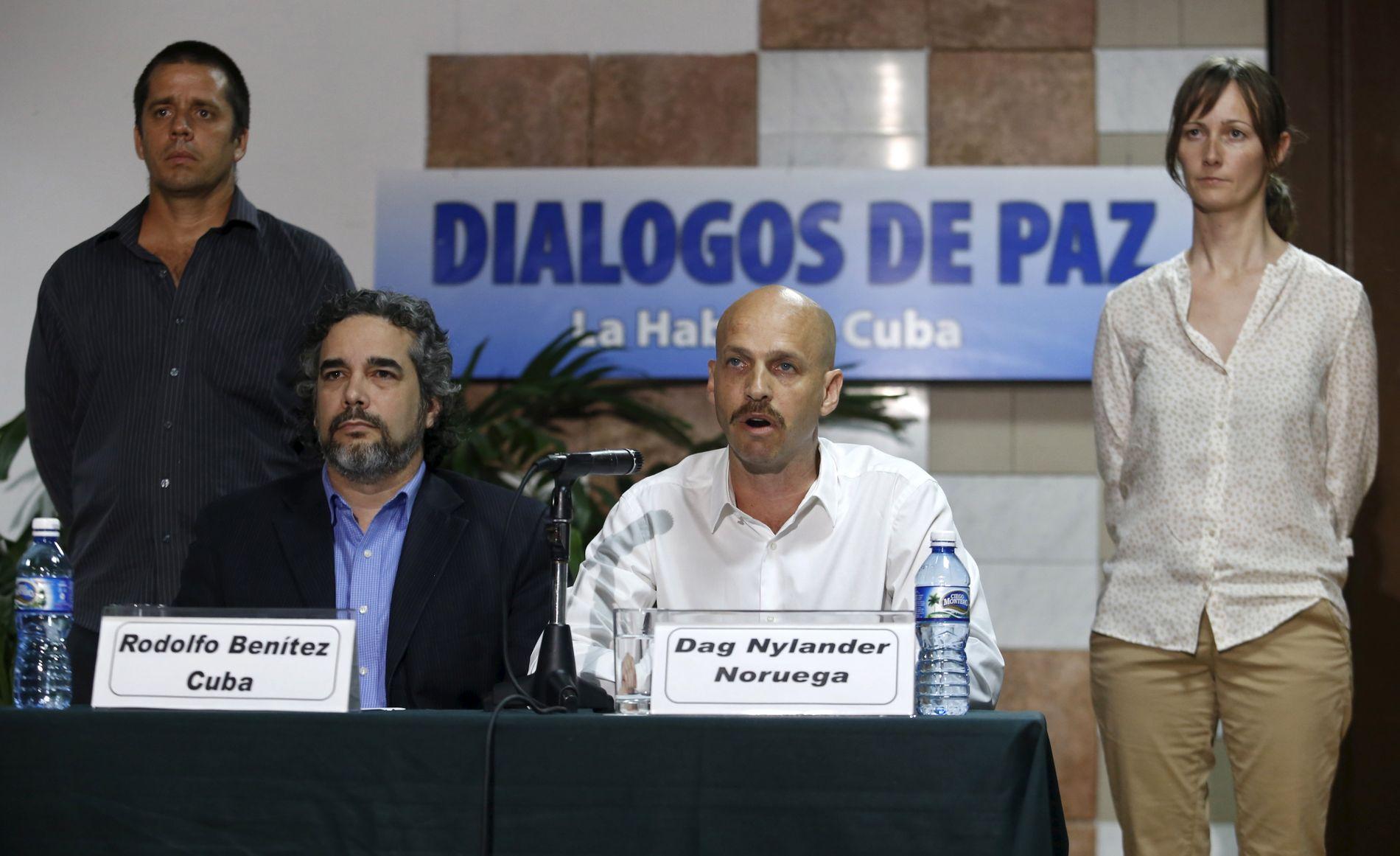 ERFARNE FORHANDLERE: Dag Nylander (t.h) var med under forhandlingene i Colombia. Nå spekuleres det i at de samme forhandlerne som var i Colombia, deltar i samtalene med de venezulanske partene.