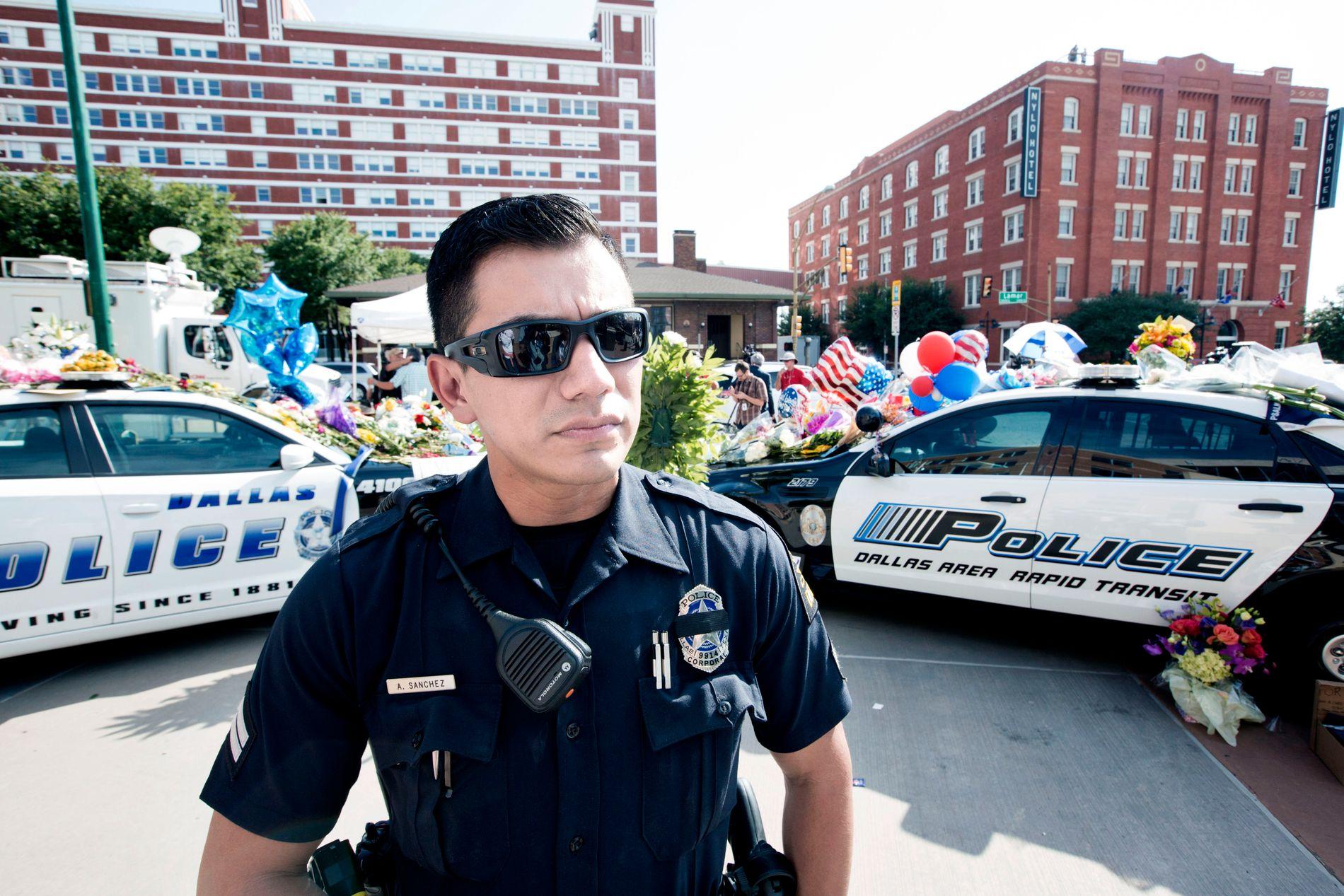 ANSATT: Albert Sanchez var kollega med de fem drepte polititjenestemennene på Dallas Police Department.