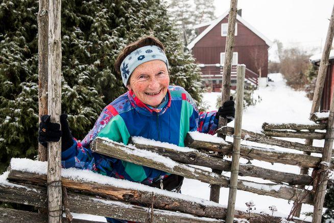 88dcf1eb VOKSEN JENTE: – Signy Henden Rustlie begynte å løpe maraton da hun var 55  år. Nå er hun 78 år og VG kalte henne for en «løperjente».