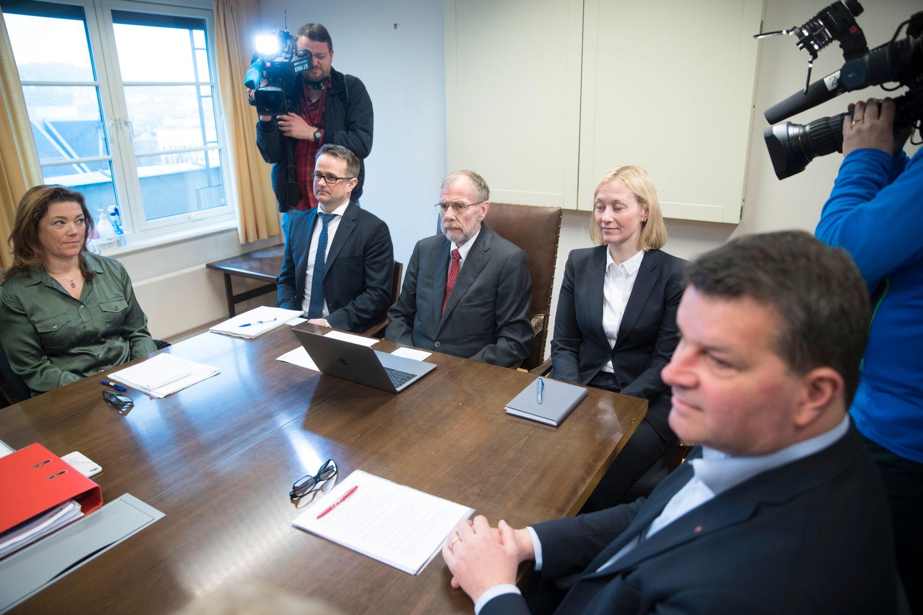 VIL SENDE BREV: NHO-sjef Kristin Skogen Lund (t.v) og LO-leder Hans Christian Gabrielsen (t.h.)