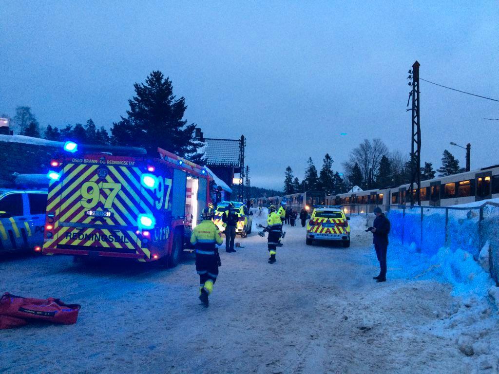 KAOS:  Politiet melder om mulige påkjørsler og konfrontasjoner etter Holmenkollen skifestival.