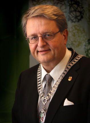 STYRTE KRISTIANSAND. Tidligere ordfører i Kristiansand, Arvid Grundekjøn (H).