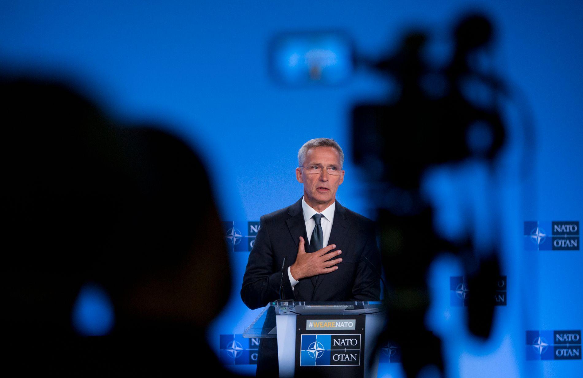 Natos generalsekretær møtte fredag pressen i Brussel i forbindelse med utløpet av INF-avtalen.