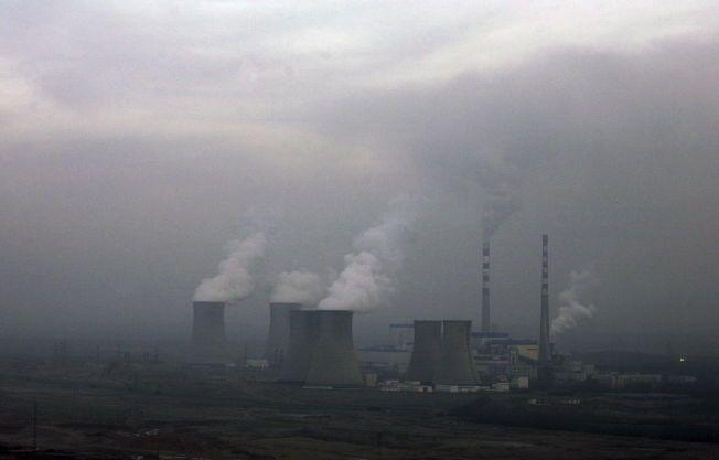 UTSLIPP: Myndighetene i Beijing har konkludert med at utslippene av skadelige klimagasser vil øke helt fram til «rundt 2030», selv om det er satt i verk omfattende tiltak for å bremse dem.