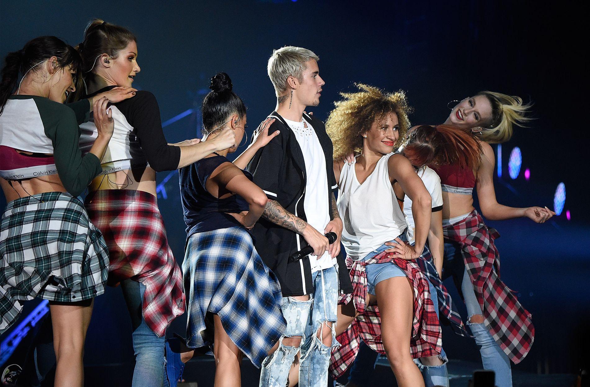 TAKKER FOR DANSEN: Mona Berntsen har danset på Justin Biebers «Purpose»-turné siden 2015, her fra Madison Square Garden i fjor sommer.