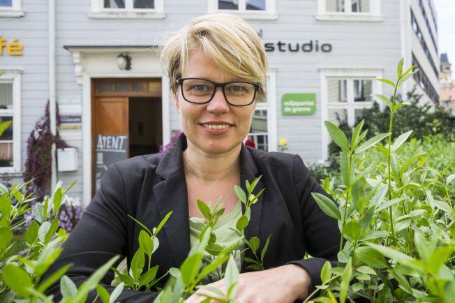 ØNSKET BOIKOTT: Nasjonal talskvinne Hilde Opoku for Miljøpartiet de grønne var slett ikke fornøyd med gjennomføringen av gårsdagens valgprogram på NRK.