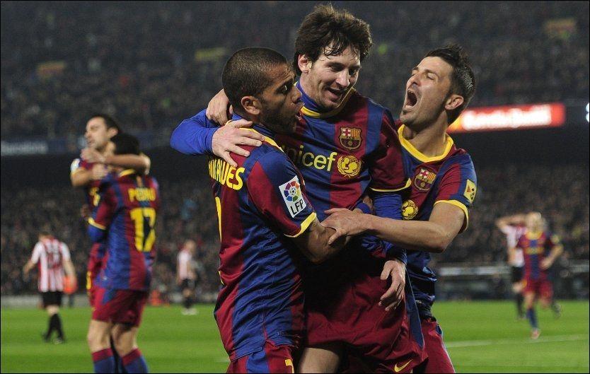 HELTEN: Lionel Messi (i midten) scoret det avgjørende målet da Barcelona slo Athletic Bilbao søndag kveld. Foto: AFP