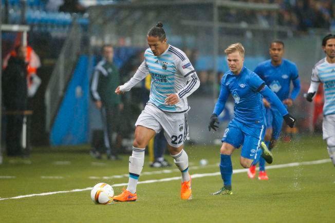 NÆR SCORING: Sander Svendsen kunne ha sendt Molde i ledelsen i første omgang, men traff stolpen.