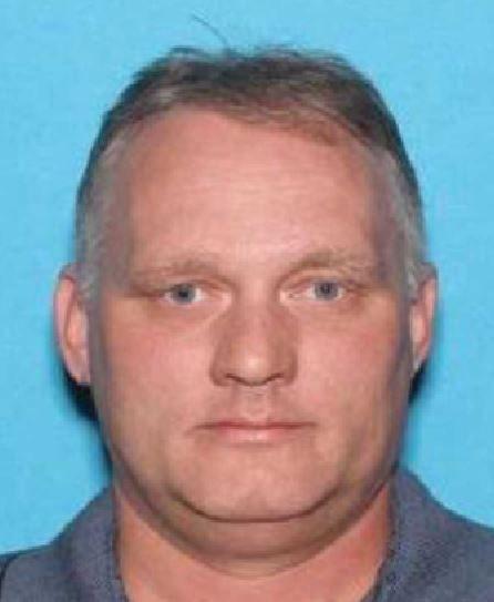 PÅGREPET: Robert Bowes ble pågrepet inne i synagogen Tree of Life, der elleve personer ble skutt og drept.