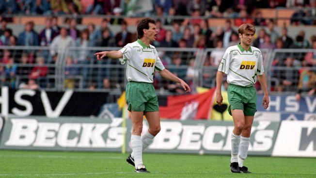 ELGEN: Rune Bratseth (til venstre), «Der Elch» på tysk, i Werder Bremen-drakten i 1993.