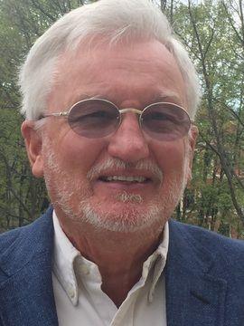 LOGOBYTTE: Merkevareekspert Christian Sinding mener Kompletts logo ser nittitalls ut, og mener den burde forandres om den skal appellere til alle.