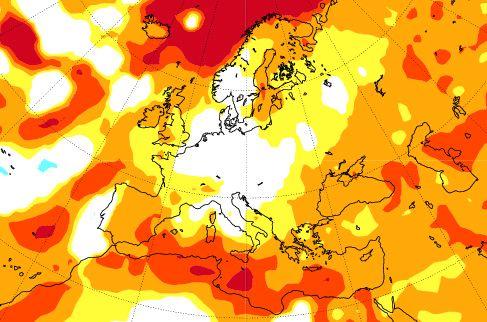 IKKE SÅ MILDT: Det europeiske værsenteret i England viser en mer normal vinter. De viser til sterke signaler om tørr desember, men at mildvær og regn er tilbake i januar og februar. Legg også merke til at det ikke ligger noen stor blå kald flekk i havet sør for Island.