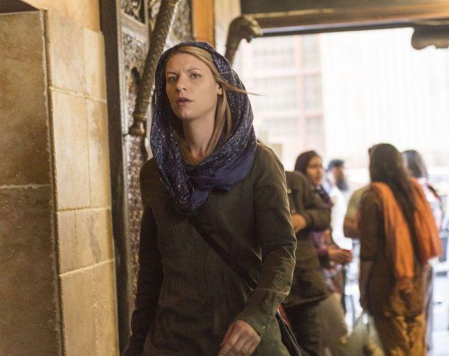 STJERNEN: I sesong fire av «Homeland» skinner Claire Danes' Carrie igjen som den soleklare stjernen. Foto: SHOWTIME / TV 2
