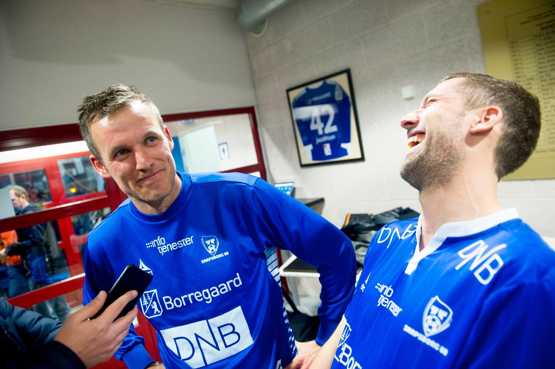 SAGT OPP: Etter to års sportslig og økonomisk opptur har Kjetil Berge (til venstre) blitt sagt opp som daglig leder i Moss Fotballklubb. Her sammen med Steffen Ernemann fra tiden som spiller i Sarpsborg 08.