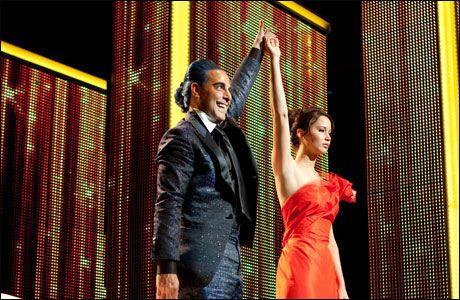 POPULÆR UNGDOMSFILM: Stanley Tucci og Jennifer Lawrence i «The Hunger Games». Foto: Nordisk Film