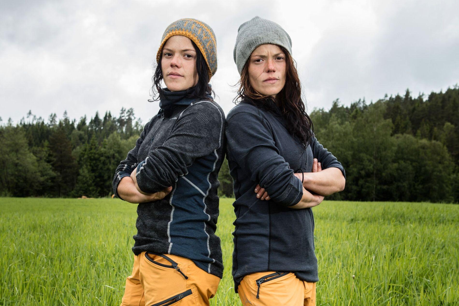 NÆRT FORHOLD: - Jeg har aldri klemt Johanne så mye som jeg gjorde den dagen, forteller Kristine Thybo Hansen (til høyre), som har et svært nært forhold til søsteren Johanne.