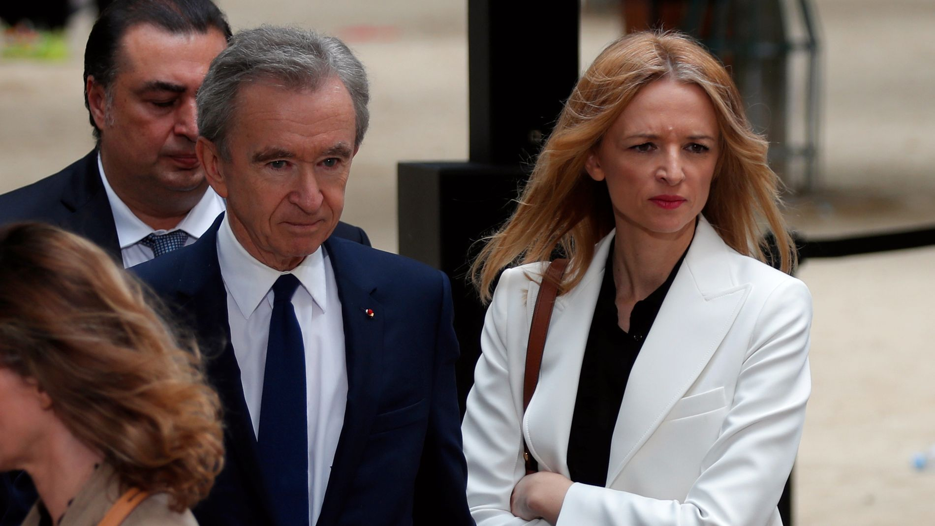 Bernard Arnault har latt datteren, Delphine (t.v.), ta større ansvar i luksusselskapet. Hun er direktør og medlem av styret.