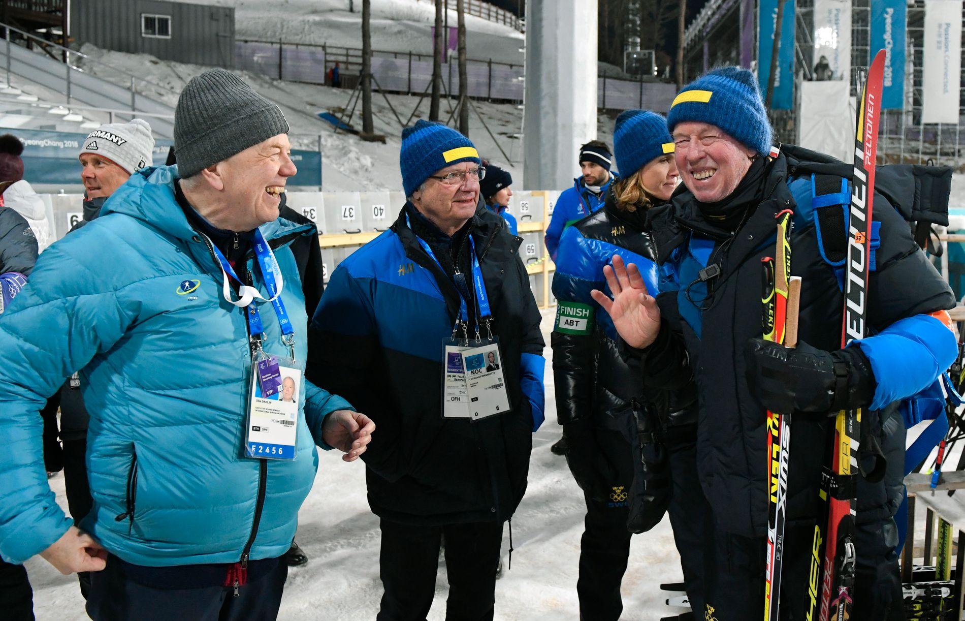 VANT PRESIDENTKAMPEN: Olle Dahlin (t.v.), her sammen med kong Carl Gustaf og treneren Wolgang Pichler under vinterens OL i Pyeongchang, blir ny IBU-president.