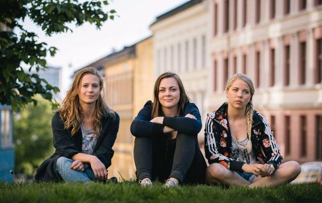 NY TRIO: Gine Cornelia Pedersen spiller Nenne, Siri Seljeseth spiller Elise og Alexandra Gjerpen spiller Alex i «Unge lovende».