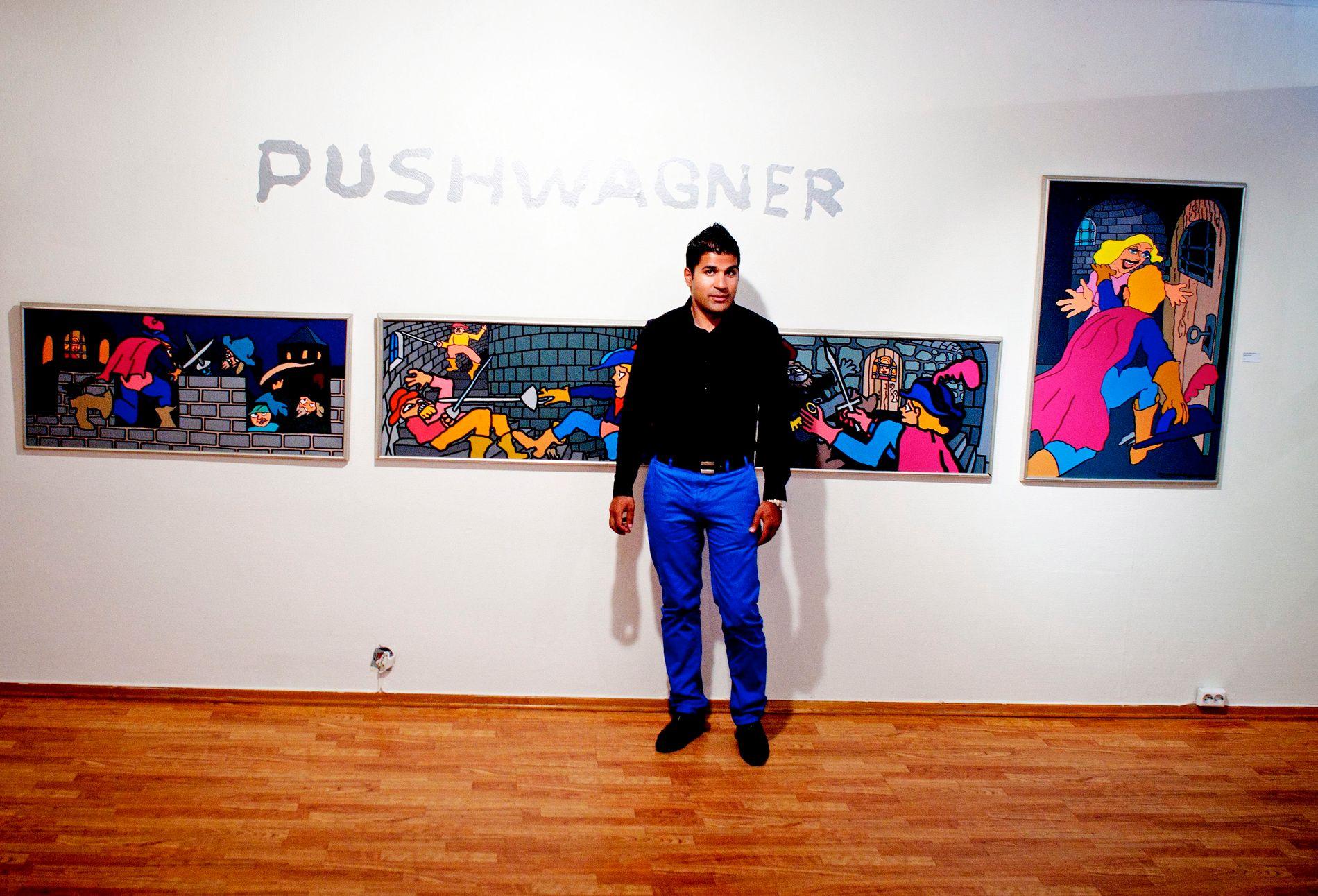 UENIG: Imran Saber (39) har i en årrekke vært en nær venn av Nokas-hovedmannen David Toska og er kjent for å formidle kunst og utstede privatlån med skyhøye renter. Her er han avbildet i galleriet til Pushwagner i 2010.