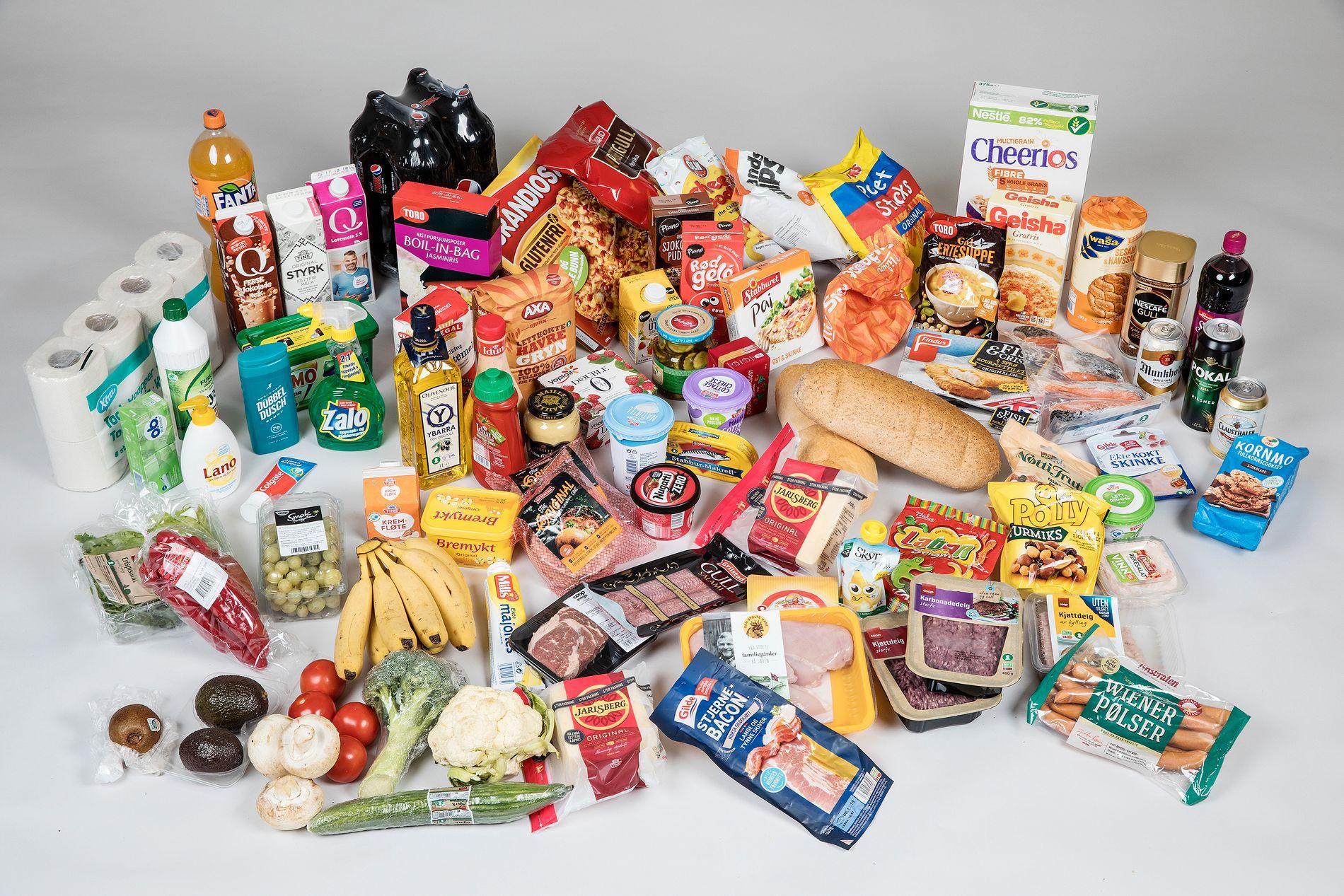 PRISKRIG: Konkurransen om å ha de laveste matprisene spisser seg til. Extra har den billigste handlekurven i VGs lavprisbørs i juli.
