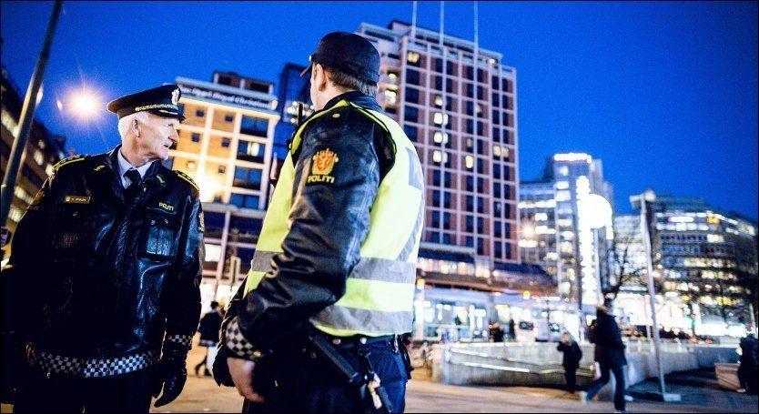 ØKNING I BEVÆPNING: For Oslo-politiet har antallet bevæpningstillatelser økt fra forrige år. Foto: Krister Sørbø, VG