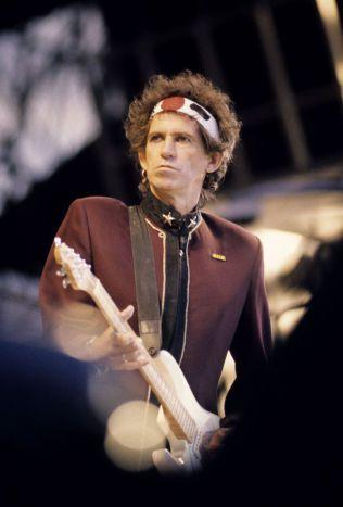 MANGE NORGES-BESØK: Rolling Stones har hold flere konserter i Norge opp gjennom årene. Her en betydelig mindre gråhåret Keith Richards på Valle Hovin i 1990.