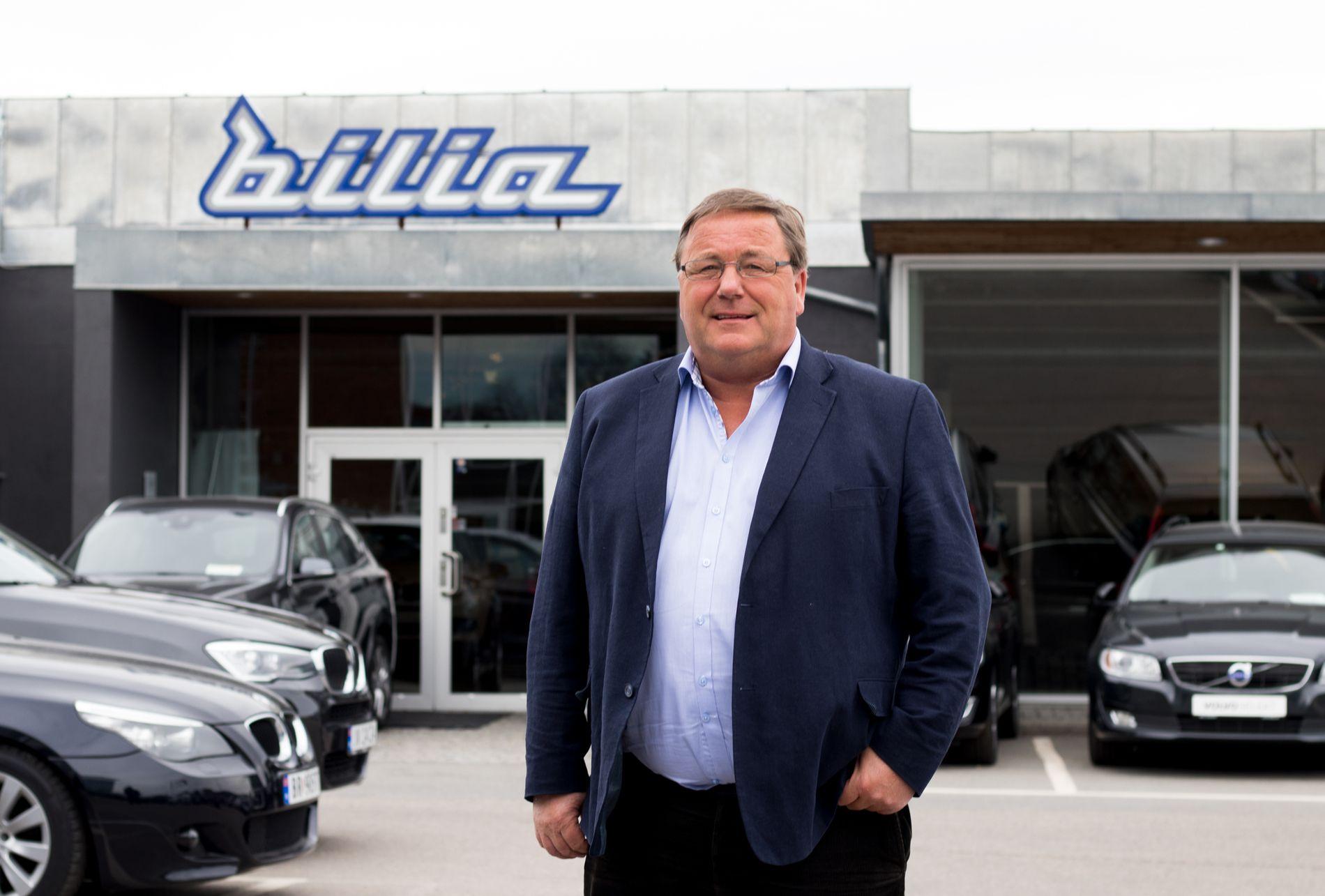 TRYGT: Regionsdirektør Dag Christiansen i Bilia anbefaler deg å kjøpe bruktbil gjennom en merkeforhandler.