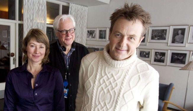SKAVLANS SELSKAP: Marianne Torp Kierulf (til venstre), her sammen med Petter Wallace og Fredrik Skavlan.
