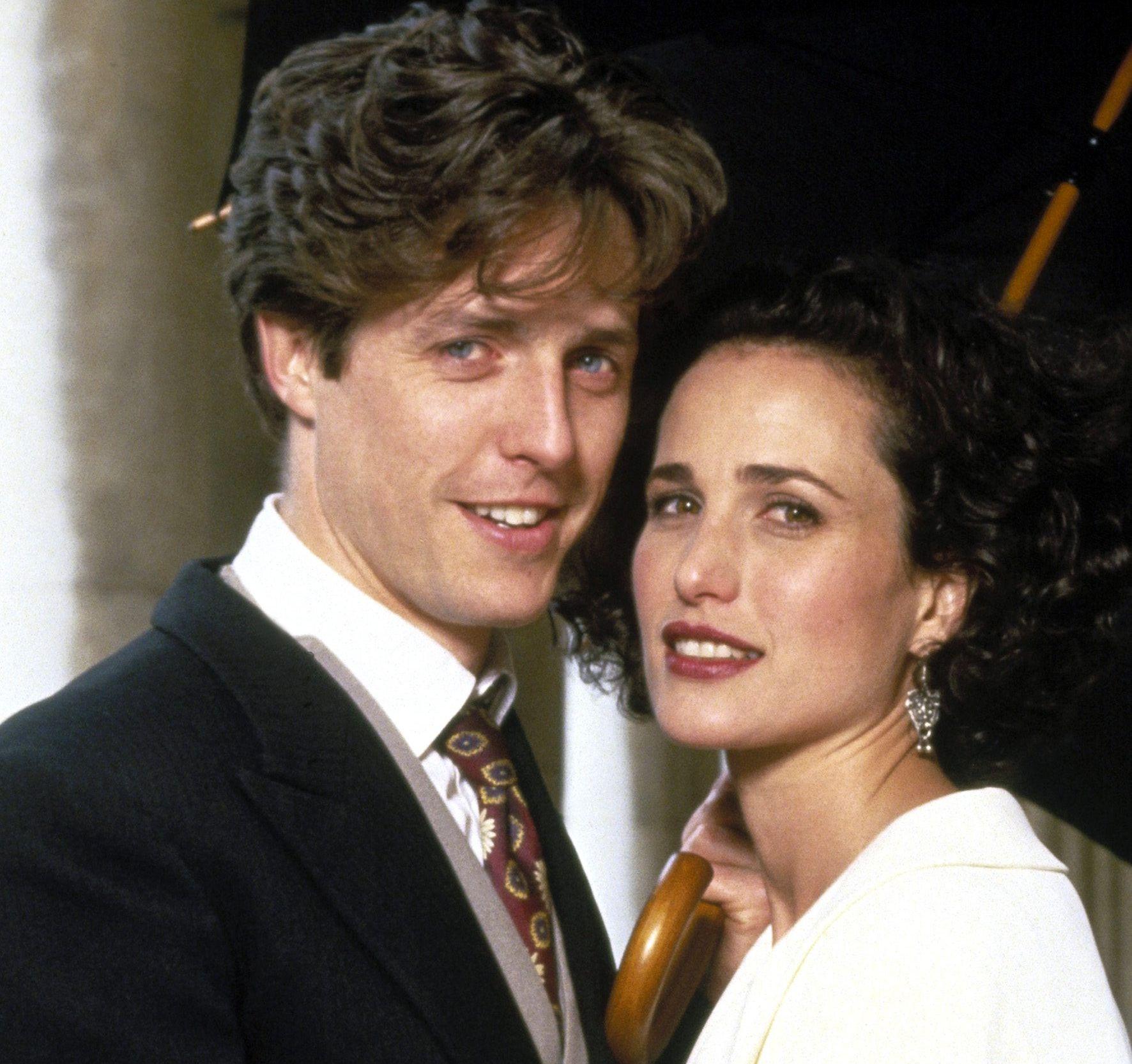 FILMPAR: Hugh Grant og Andie MacDowell i «Fire bryllup og en gravferd» i 1994.