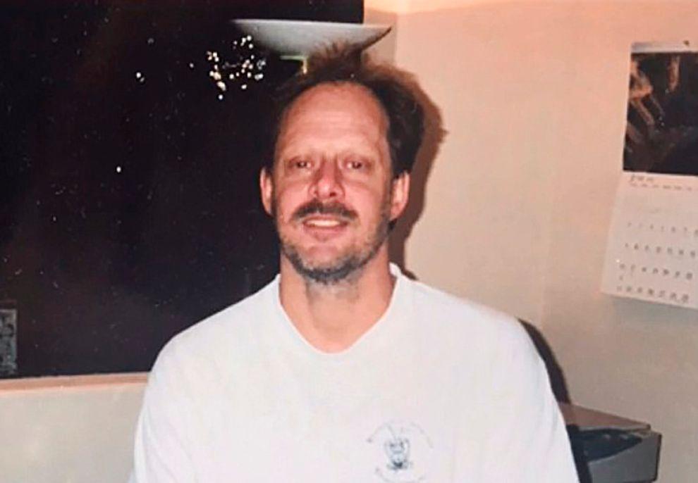 LAS VEGAS-SKYTTER: Reporter Mark Lehman ved fjernsynsstasjonen News 6 i Orlando, Florida, sier til VG at Eric Paddock identifiserer sin bror Stephen på dette 15 år gamle bildet.