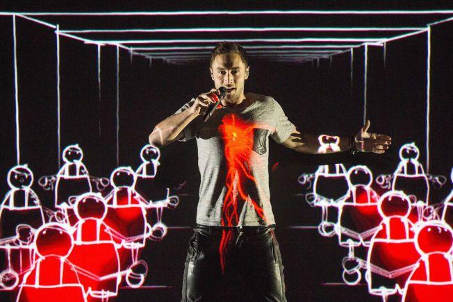 ER HAN OVERLEGEN?: Måns Zelmerlöw representerer en svensk vinnerkultur innen musikk, mener VGs kommentator.