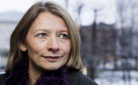 – ULOVLIG: Forbrukerombud Gry Nergård har gitt bankene frist 31. juli med å fjerne det ombudet hevder er ulovlige bruddgebyrer. Selv ønsker DNB og Nordea å diskutere løsninger.
