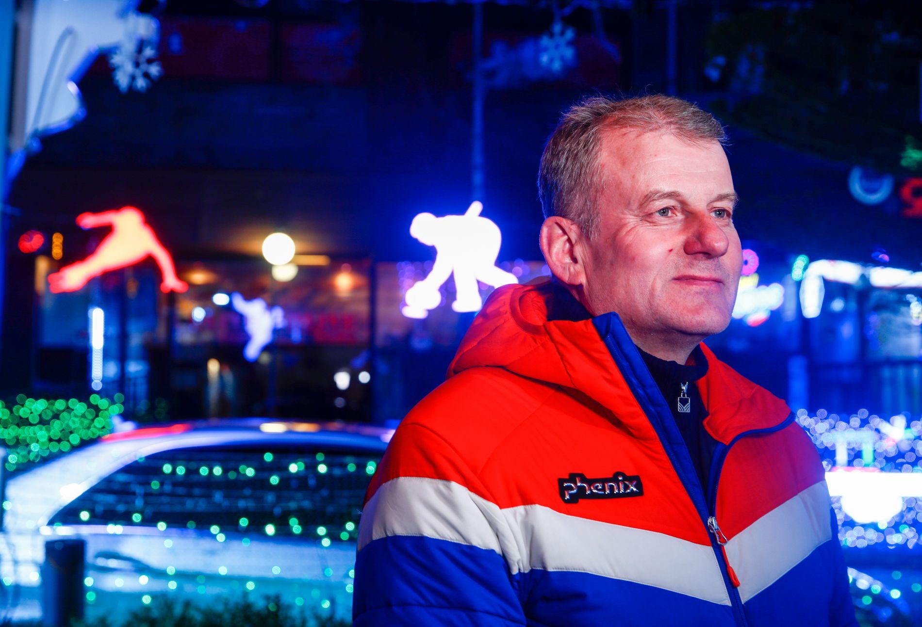 UENIG I VALGET: Erik Røste stemte heller på Hong Kong, forteller han i dette intervjuet med VG.