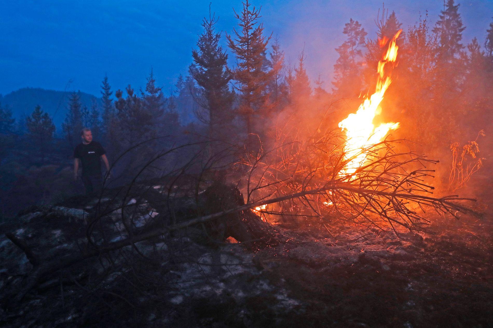 ULMER: Det brenner fortsatt godt nede i jorden.