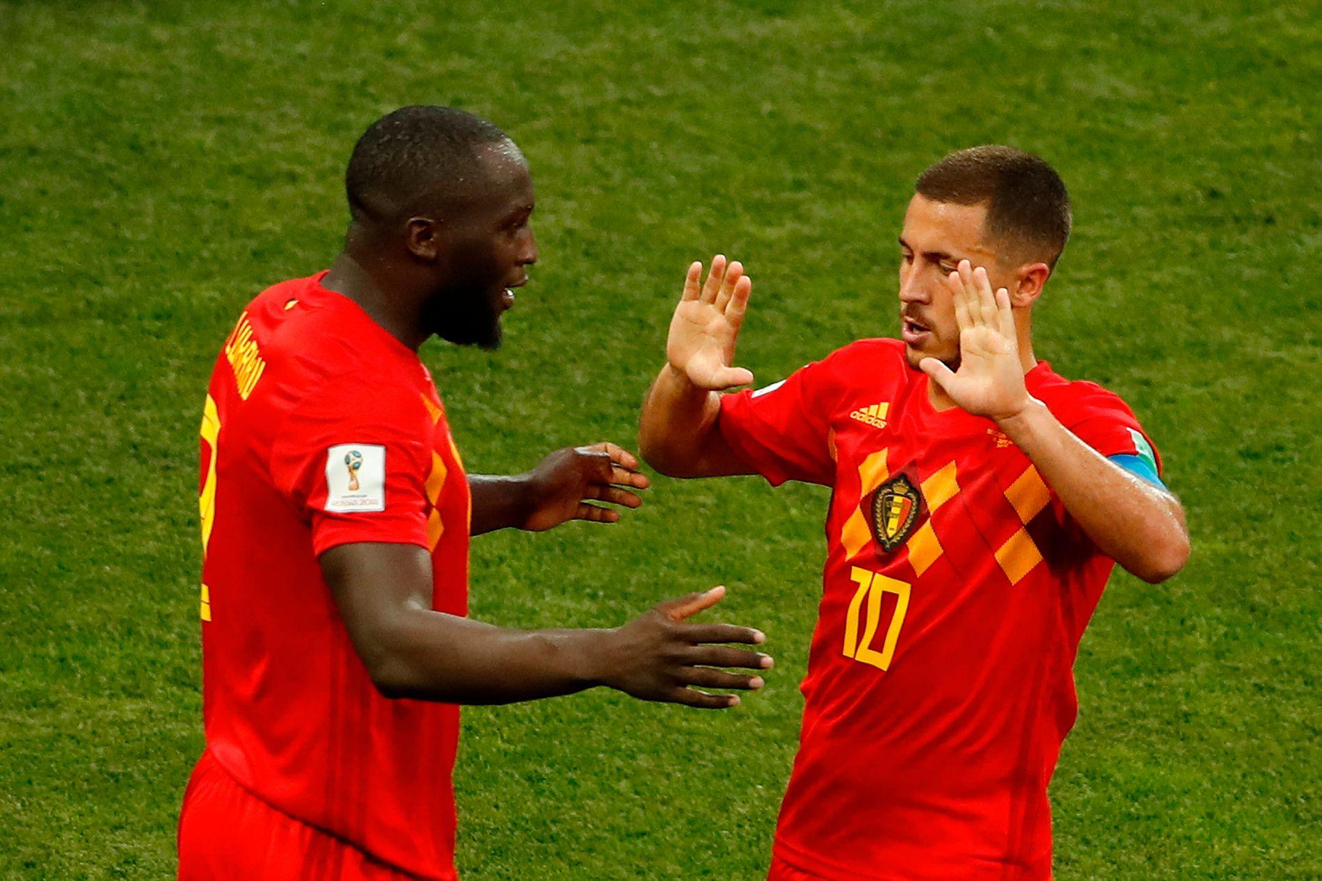 SENDTE STIKK: Eden Hazard (t.h.) mener Romelu Lukaku gjemte seg bort i store deler av kampen mot Panama.