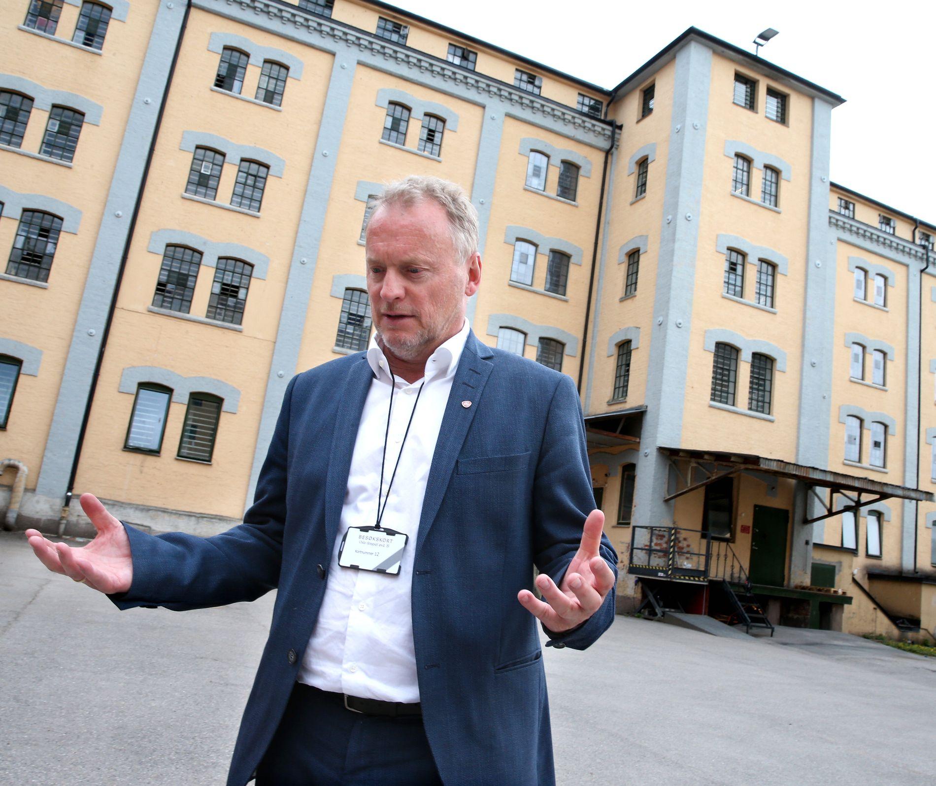 HØL I HUE: Byrådsleder Raymond Johansen anklager Erna Solberg for «høl i hue-politikk».