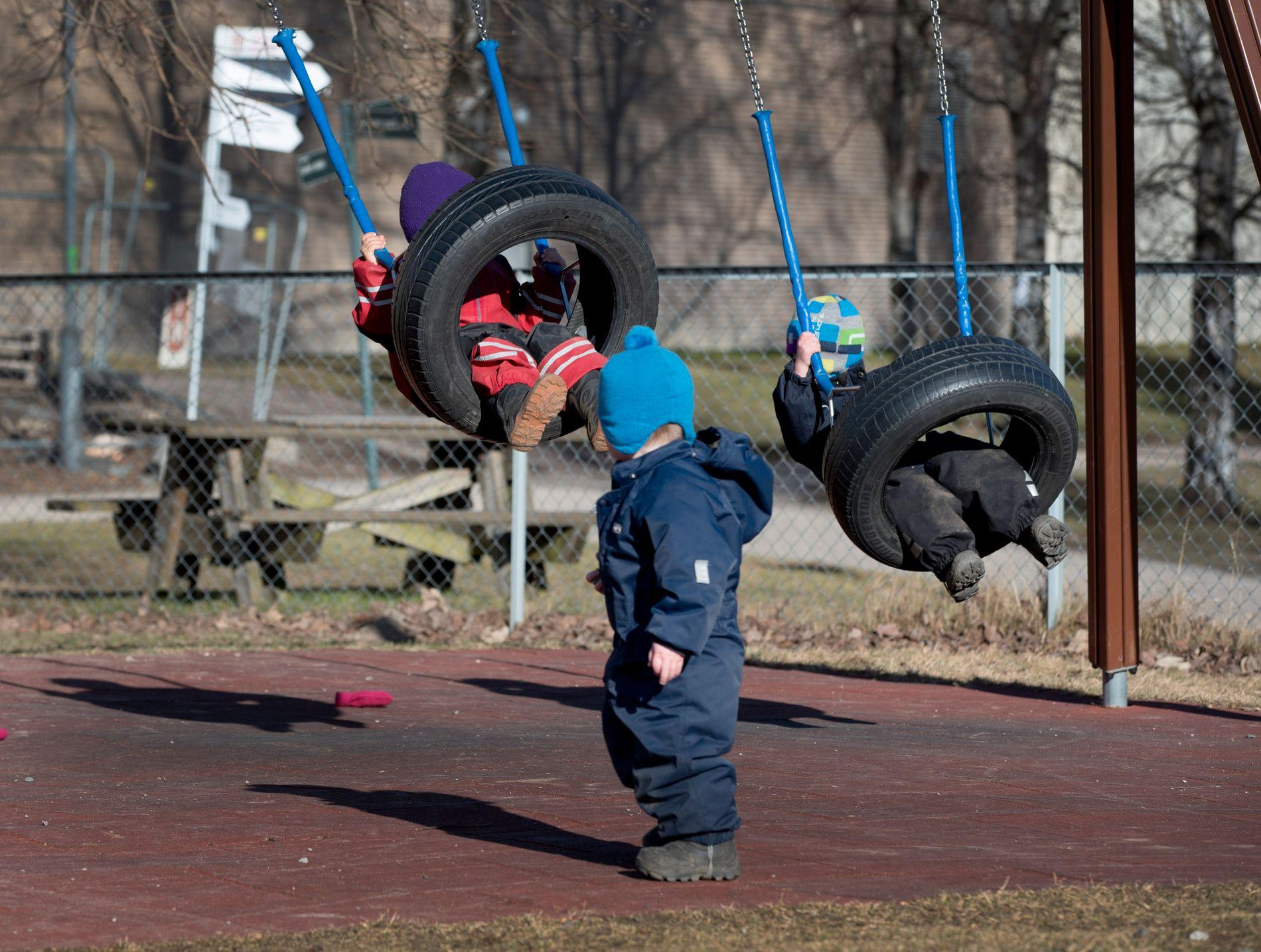 LEK I BARNEHAGEN: Barnehagebarn i fri utfoldelse i en barnehage i Oslo.