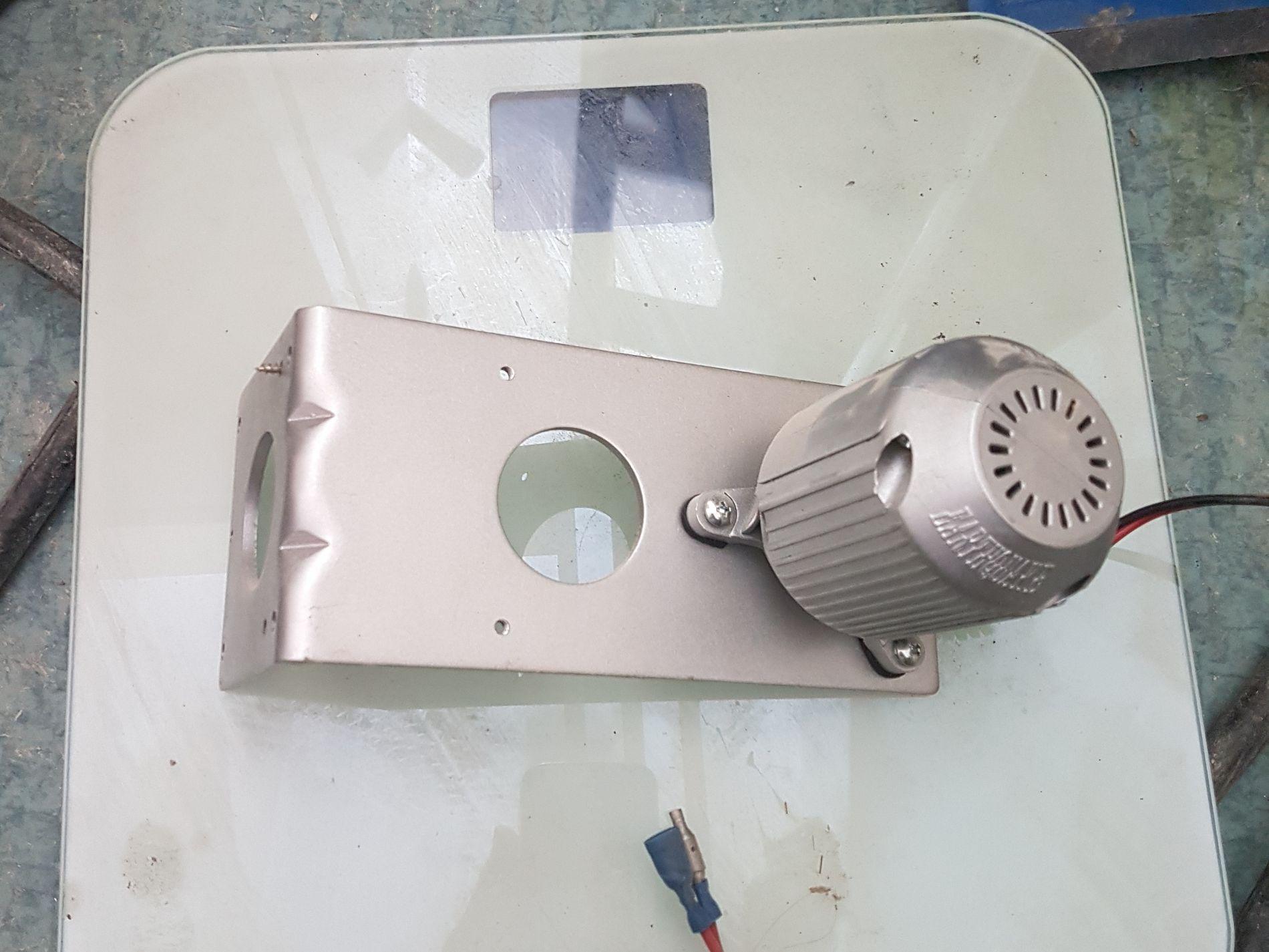 EKSTRA TRYKK: Denne rumperisteren utløste alarm ved postterminalen i Årødalen i Molde onsdag. Foto: PRIVAT