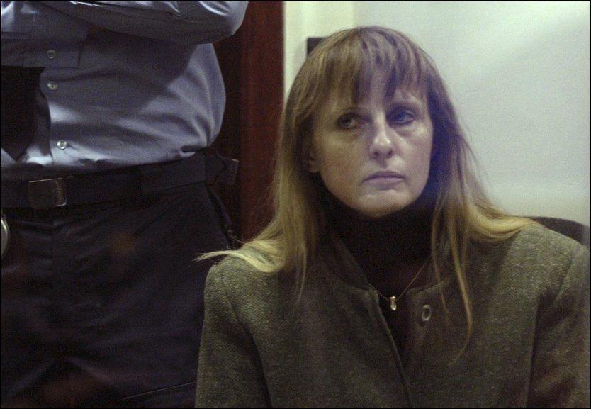 BENÅDET: Belgiske Michelle Martin er løslatt fra fengsel og vil gå i kloster. Avgjørelsen vekker kraftige reaksjoner i Belgia, som fortsatt har den groteske kriminalsaken friskt i minne. Foto: Etienne Ansotte / Reuters / NTB scanpix