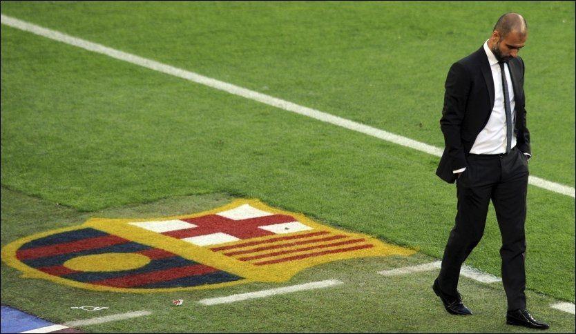 FERDIG: Pep Guardiola gir seg som manager for Barcelona etter sesongslutt. Her er han under El Clasico lørdag kveld. Foto: Reuters