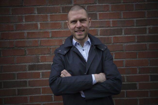 TA GREP! Psykolog Jan Ole Hesselberg mener mange kan ha en irrasjonell frykt for terror og ber folk om å tenke gjennom hva de kan gjøre for å unngå at frykten hemmer dem i hverdagen. Foto:TERJE BRINGEDAL,VG